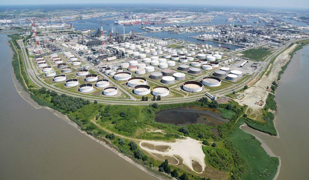 Antwerp: Bank on tanks