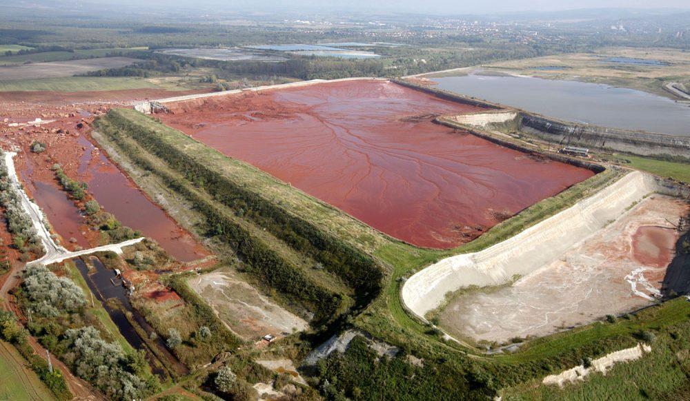 Dry bulk: Inglorious mud