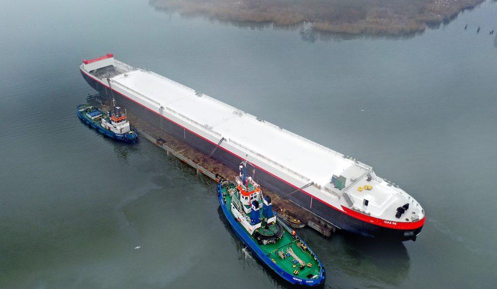 Gas barging: Staying afloat
